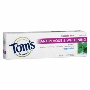 fluoride-free-antiplaque-whitening-toothpaste-peppermint-1-oz-283-grams-by-toms-of-maine