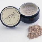 Earthlab Cosmetics Makeup – Loose Mineral Foundation M1 – Fair Yellow